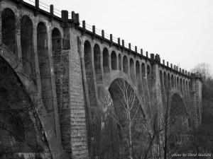 Nádherný železniční viadukt Stránov