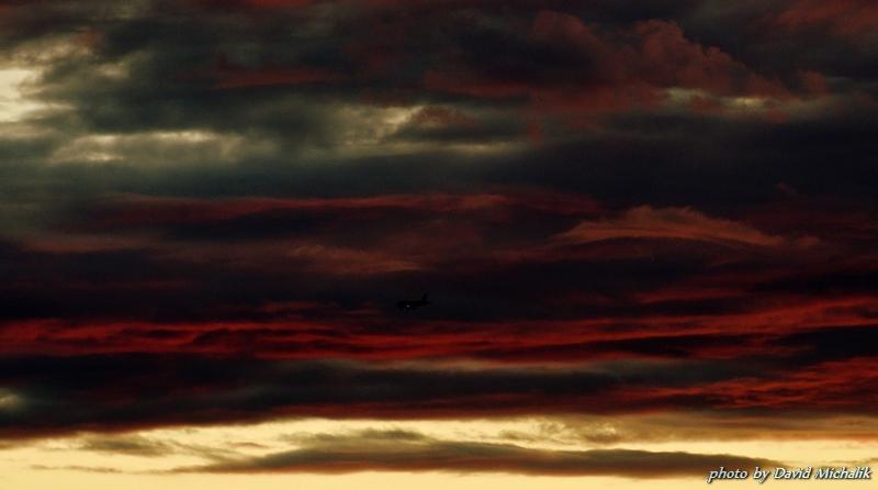 Snímek mraků z západu slunce - podexponováno o -3EV
