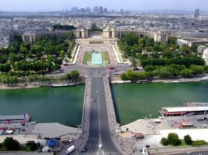 paris-106846_640