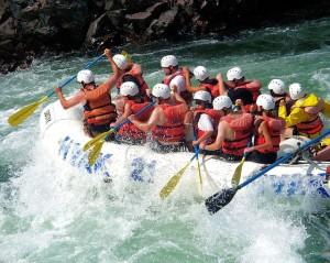 river-rafting-50851_640